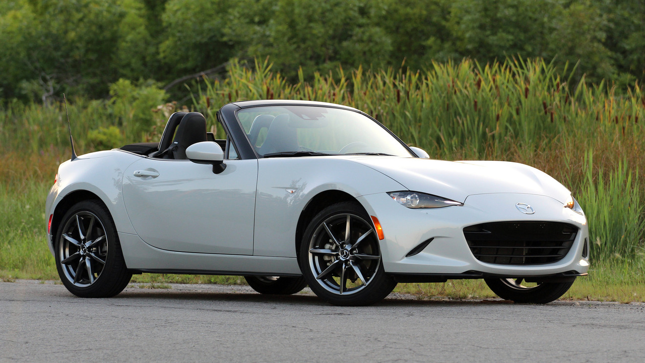 review 2016 mazda mx 5 miata. Black Bedroom Furniture Sets. Home Design Ideas