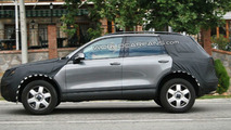 2011 VW Touareg Latest Spy Photos
