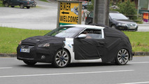 Hyundai Veloster to debut in Paris; latest spy photos