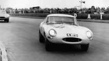 Jaguar producing the remaining six units of Lightweight E-Type