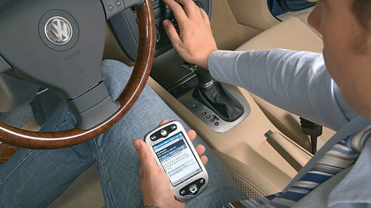 VW Voice-controlled owners manual