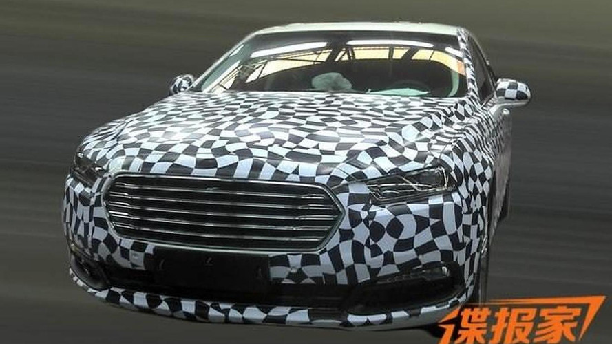 2016 Ford Taurus spied in China