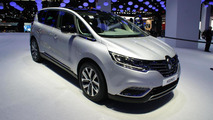Renault Espace reinvents the family MPV in Paris