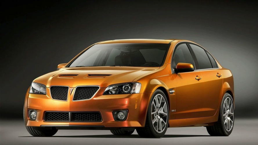 Pontiac, Saturn drivers defect from GM