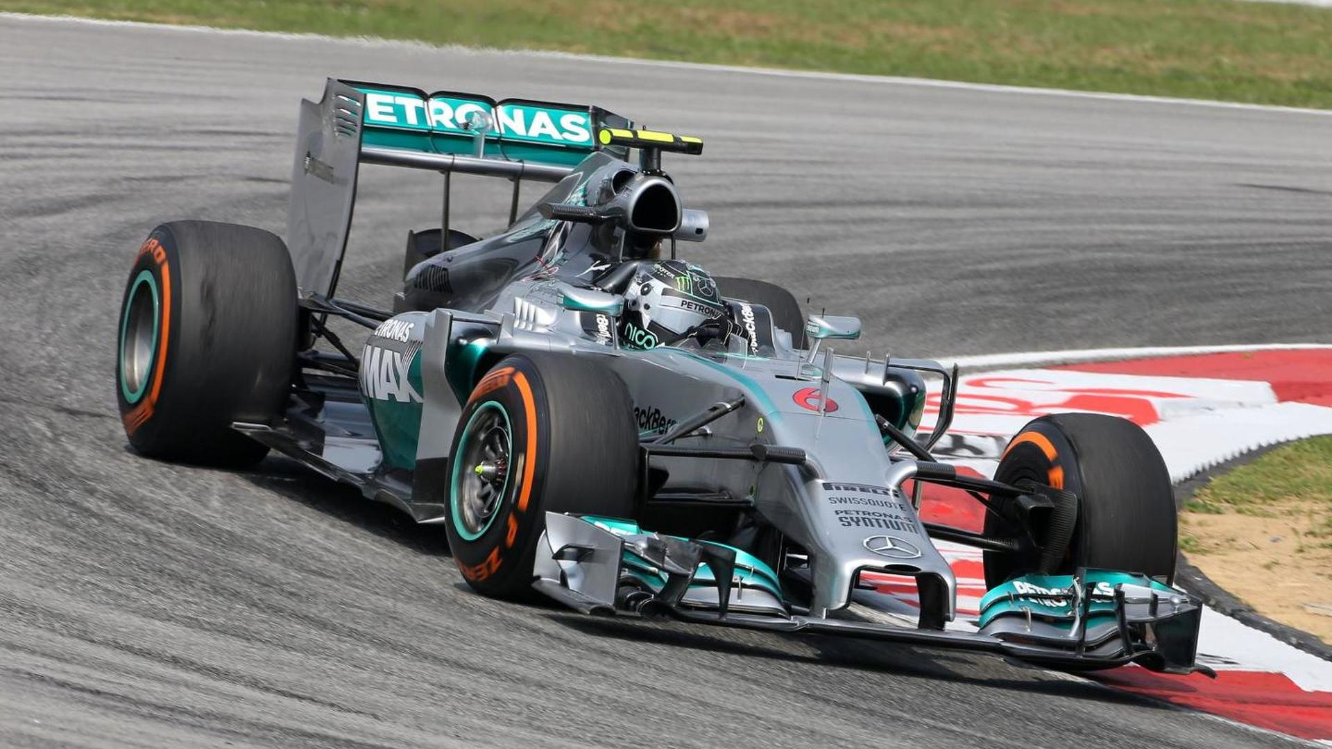 Red Bull, Mercedes spat over Rosberg 'block'