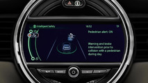 2014 MINI Cooper assistance systems revealed