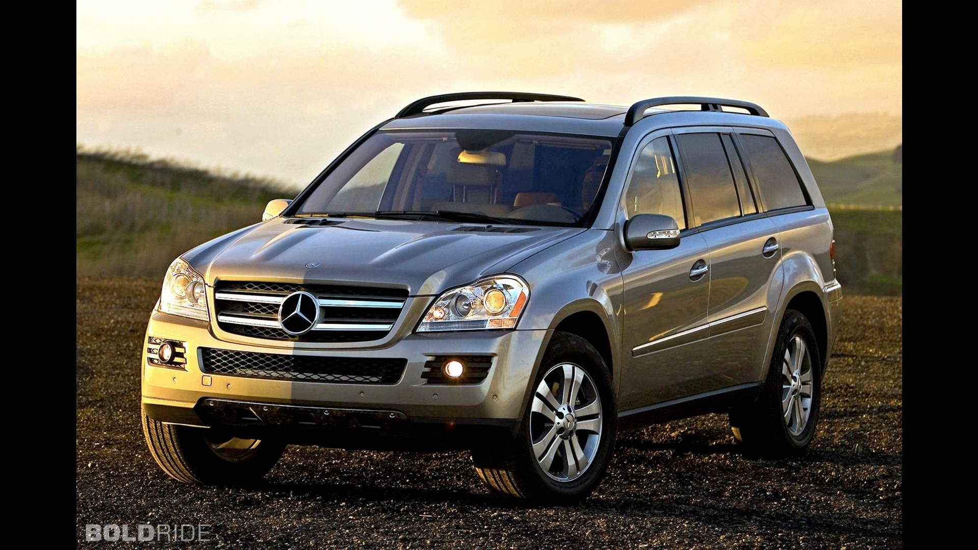 Mercedes benz gl450 for Gl450 mercedes benz