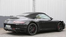 2015 Porsche 911 GTS Cabriolet spy photo