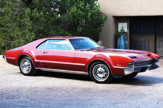 The Oldsmobile Toronado Made Front-Wheel Drive Cool: Muscle Car Monday