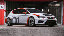 SEAT Leon CUP RACER TCR gains sequential gearbox