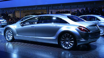 Mercedes-Benz F700 Research Vehicle Revealed