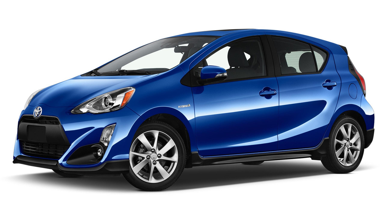 2017 toyota prius c facelift makes hybrid hatchback sportier and safer. Black Bedroom Furniture Sets. Home Design Ideas
