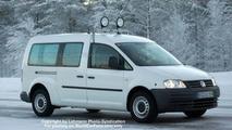VW Caddy XXL Spy Photo