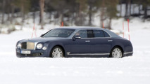 Bentley Mulsanne LWB spied for the first time