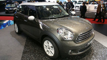 MINI Marks Countryman Geneva Debut with MINIWOOD Viral Video