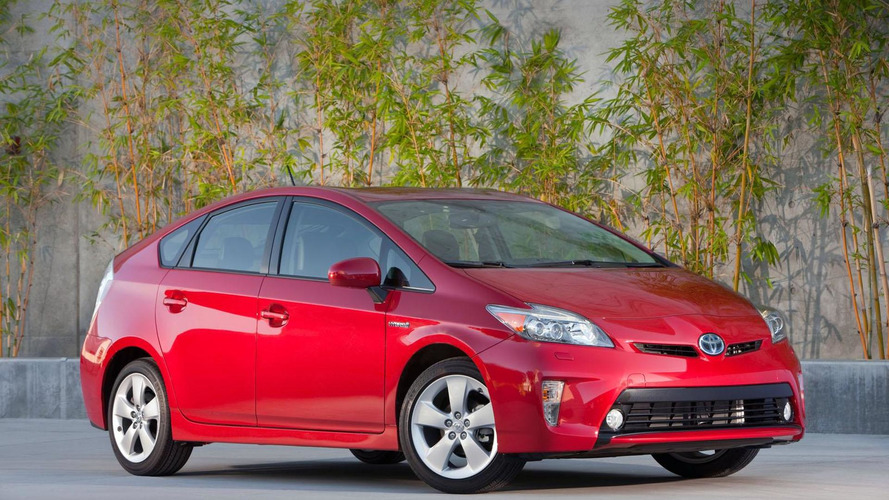 2015 Toyota Prius to be lighter, more fuel efficient