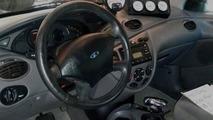 2000 Ford Focus V8 RWD 08.11.2013