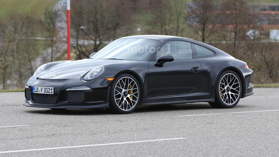 Porsche hints at Geneva reveal for 911 R