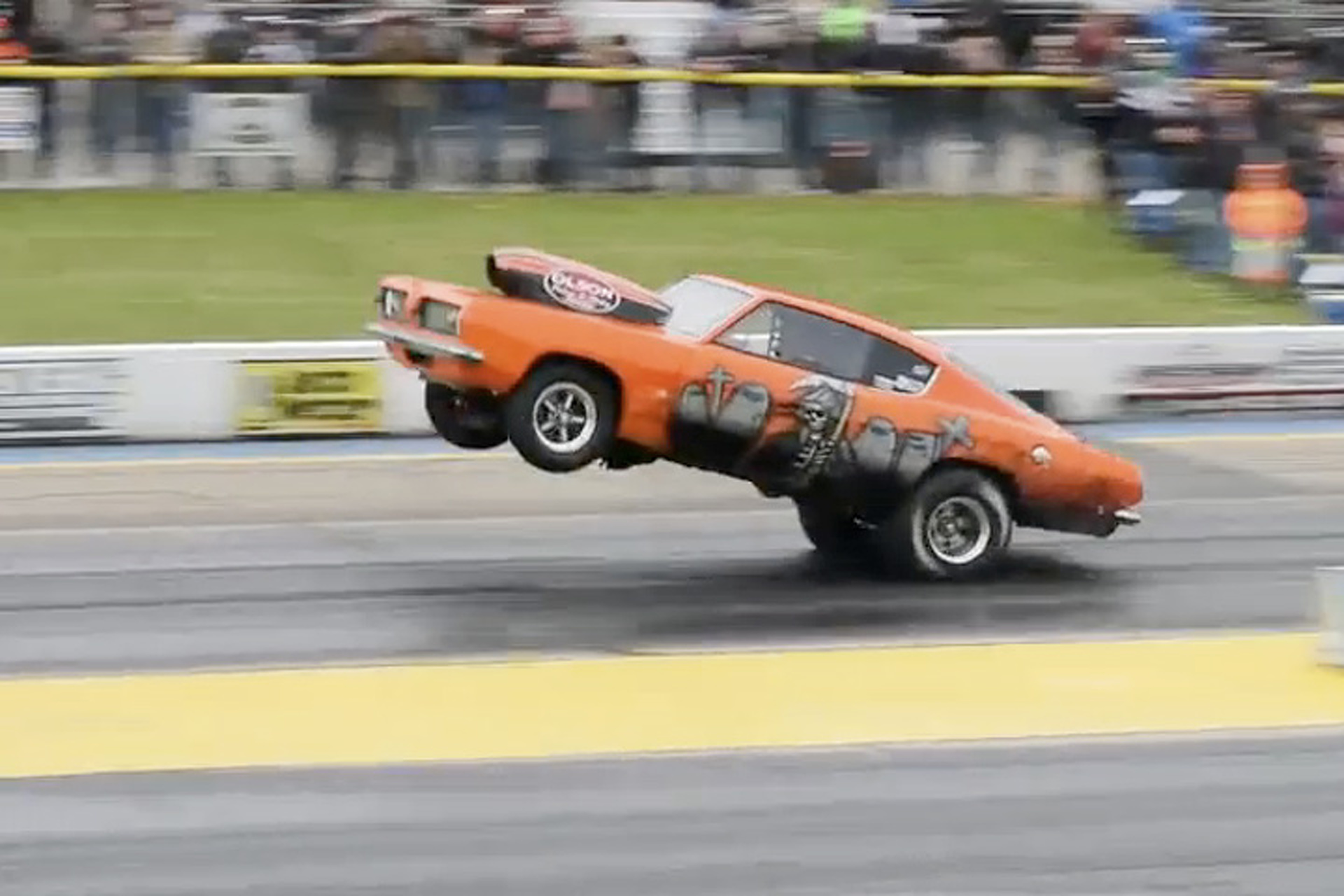 Watch a '68 Barracuda Wheelie for an 11s Quarter Mile