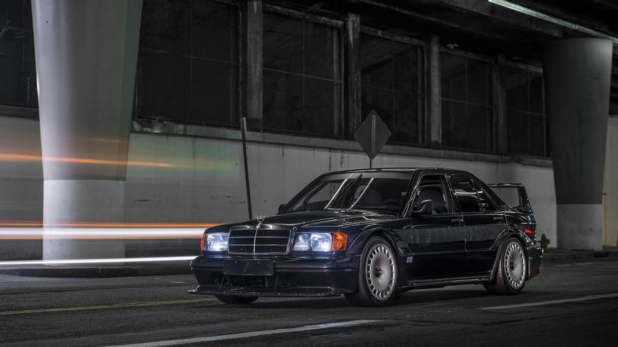 İlk Mercedes 190E Evo II astronomik bir fiyata alıcı buldu