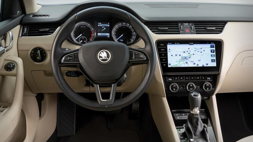 Skoda Octavia facelift shows off bounty of new tech