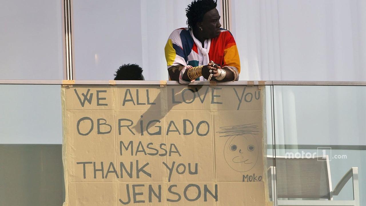 A message for Felipe Massa, Williams and Jenson Button, McLaren from Mr Moko