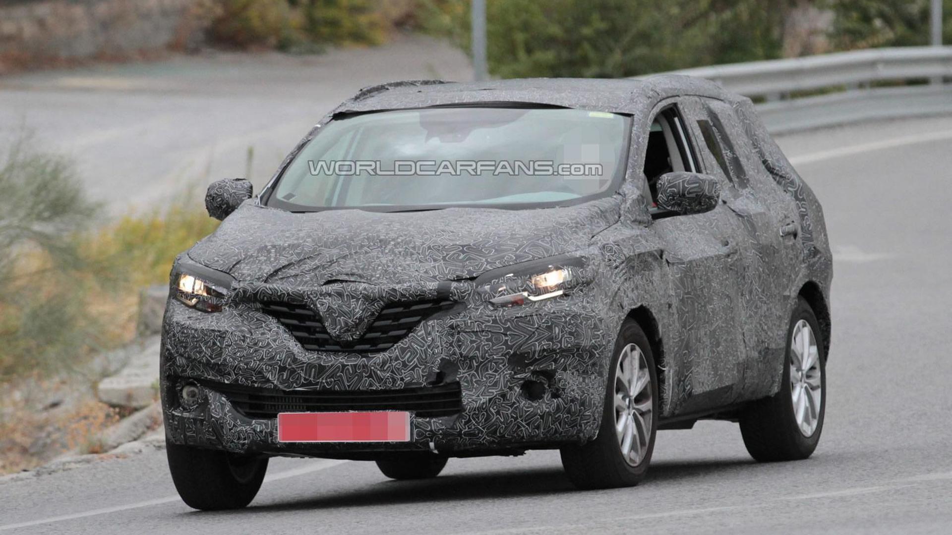 2016 Renault Koleos spied up close undergoing testing