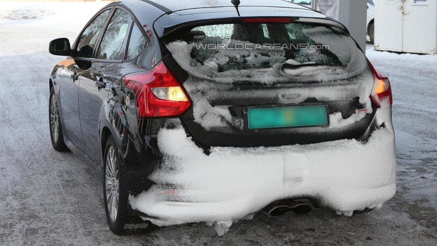 2015 Ford Focus RS mule spied
