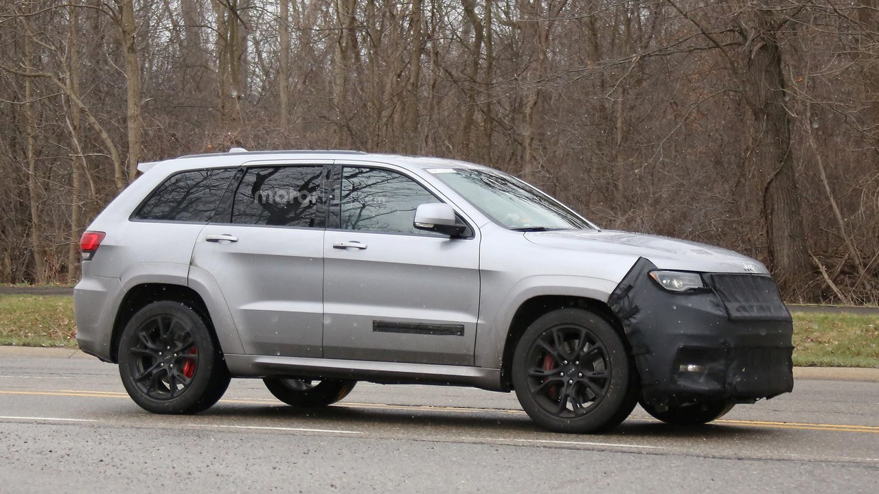 2018 jeep grand cherokee trackhawk spy photo 2017 2018 best cars reviews. Black Bedroom Furniture Sets. Home Design Ideas