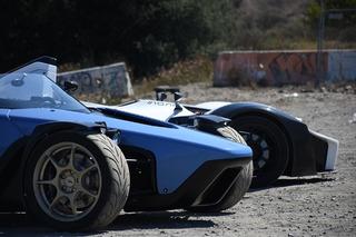 How do the Ariel Atom, BAC Mono, and Drakan Spyder Compare: Showdown