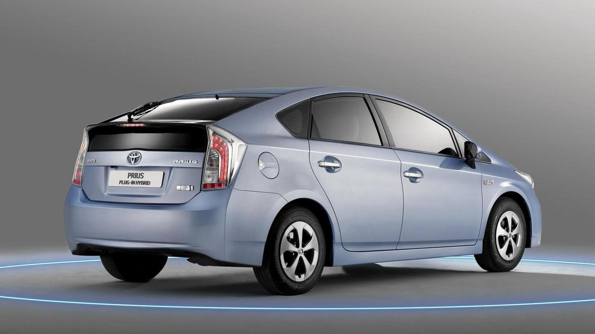 toyota prius plug in hybrid bows in frankfurt. Black Bedroom Furniture Sets. Home Design Ideas