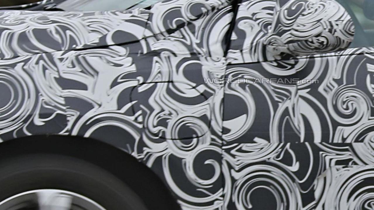 2016 Chevrolet Volt spy photo