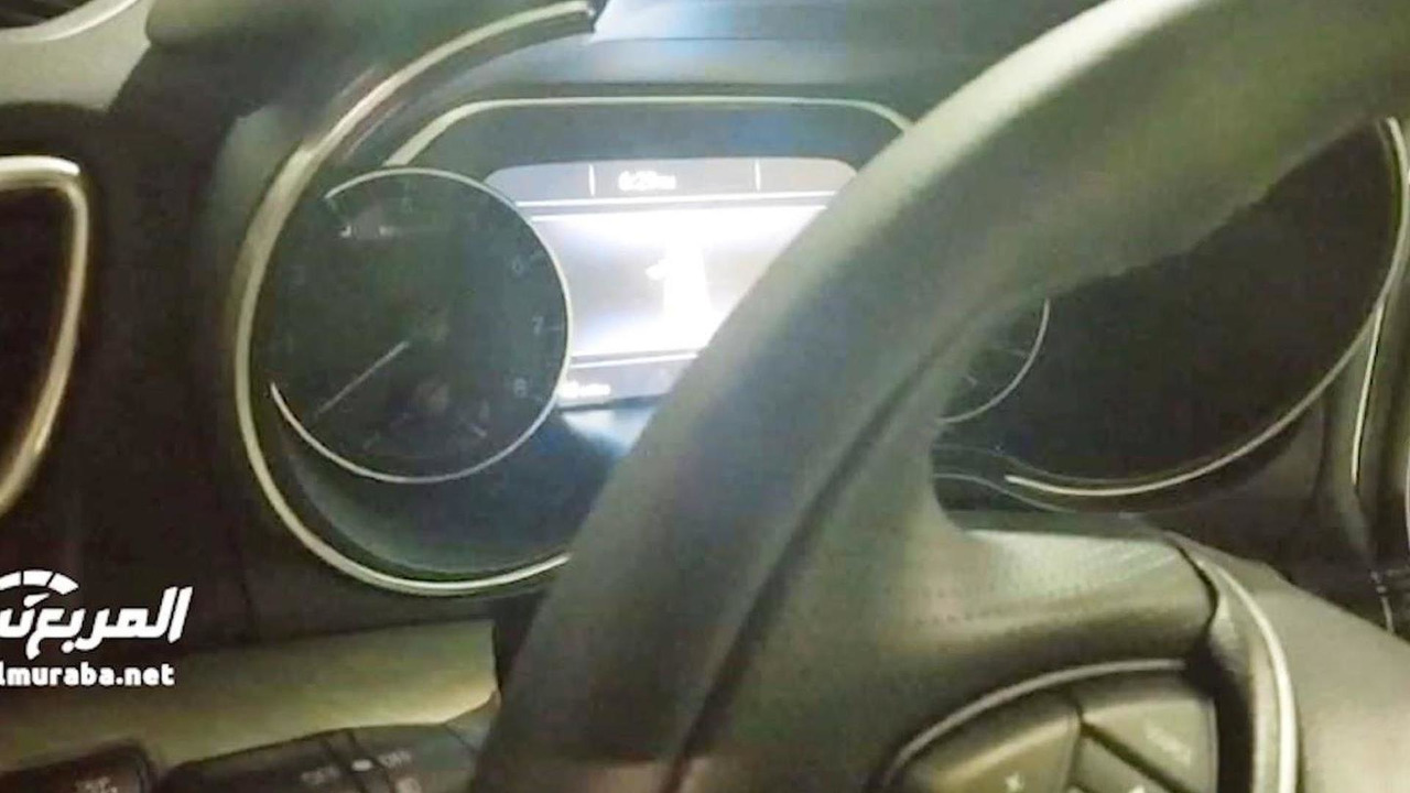 2016 Nissan Maxima interior spy photo (screenshot)