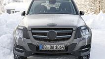 Mercedes GLK facelift spied with minimal camouflage
