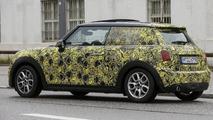 2014 MINI Cooper spied testing in Germany