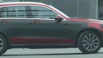 Mercedes-Benz GLC prototypes spotted in traffic [video]