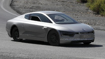 Volkswagen XL1 spied once again