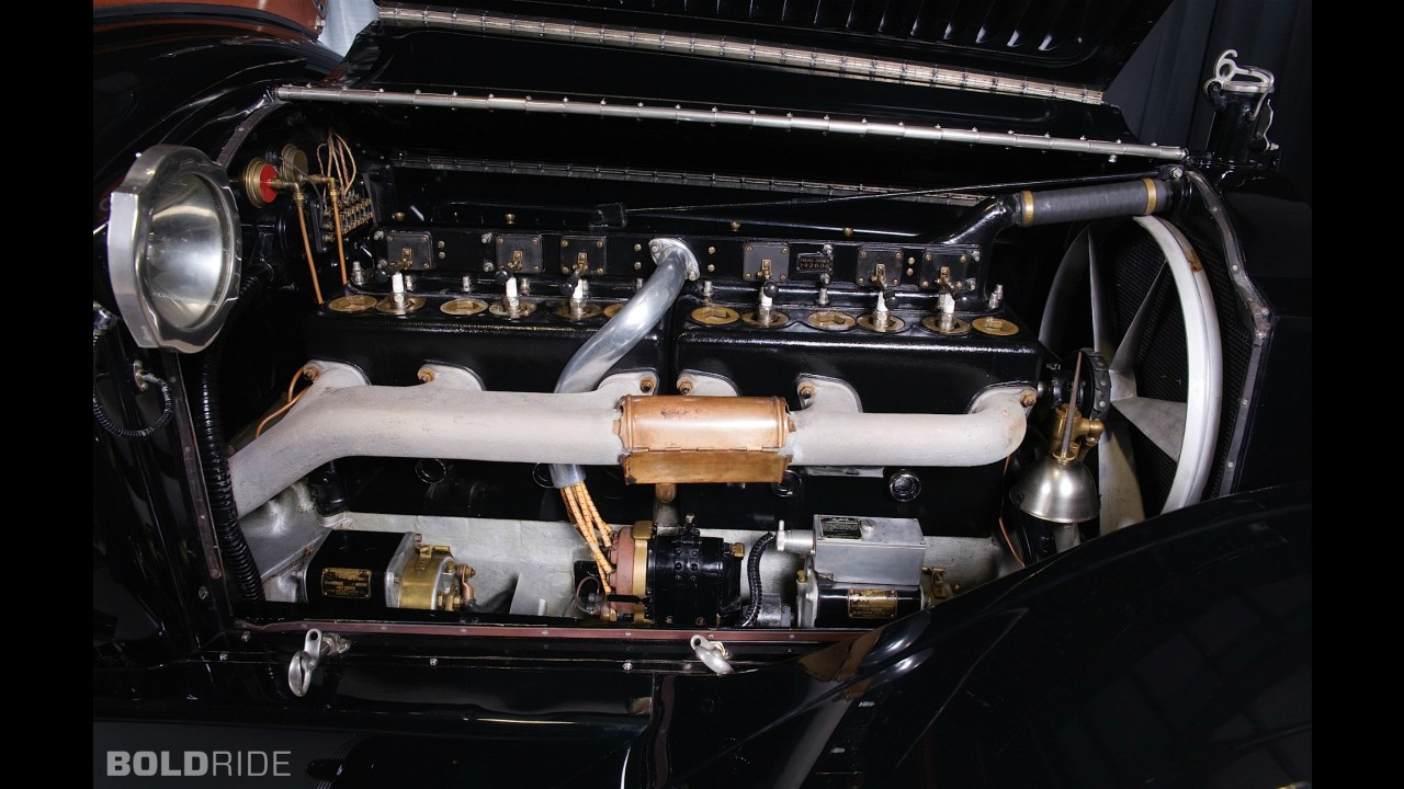 Packard Model 4-48 5-Passenger Touring