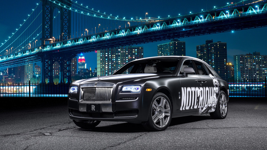 UFC fighter gifted custom $350k Rolls-Royce Ghost