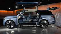 Lincoln Navigator Concept unveiled with gullwing doors [videos]