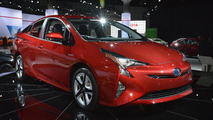 Toyota details US-spec Prius in mega gallery, prices it from $24,200