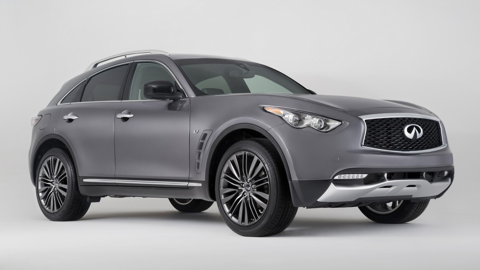 2017 infiniti qx70 limited brings visual tweaks to new york. Black Bedroom Furniture Sets. Home Design Ideas