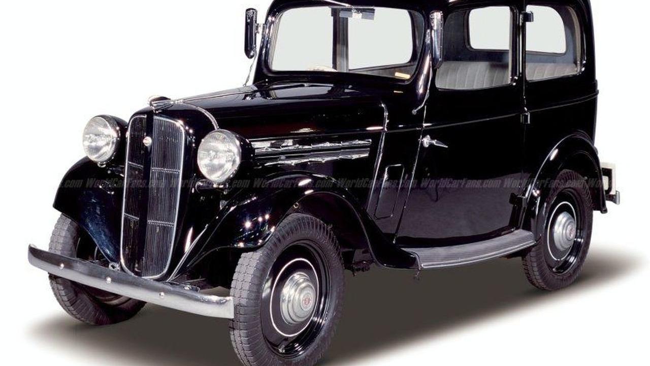 Datsun 17 Sedan (1938)