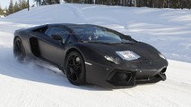Lamborghini Aventador LP700-4 Roadster spied up close