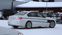 BMW 3-Series Plug-in Hybrid spy photo