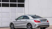 Mercedes-Benz publishes photos with CLA 45 AMG Racing Series and CLA 250 Sports