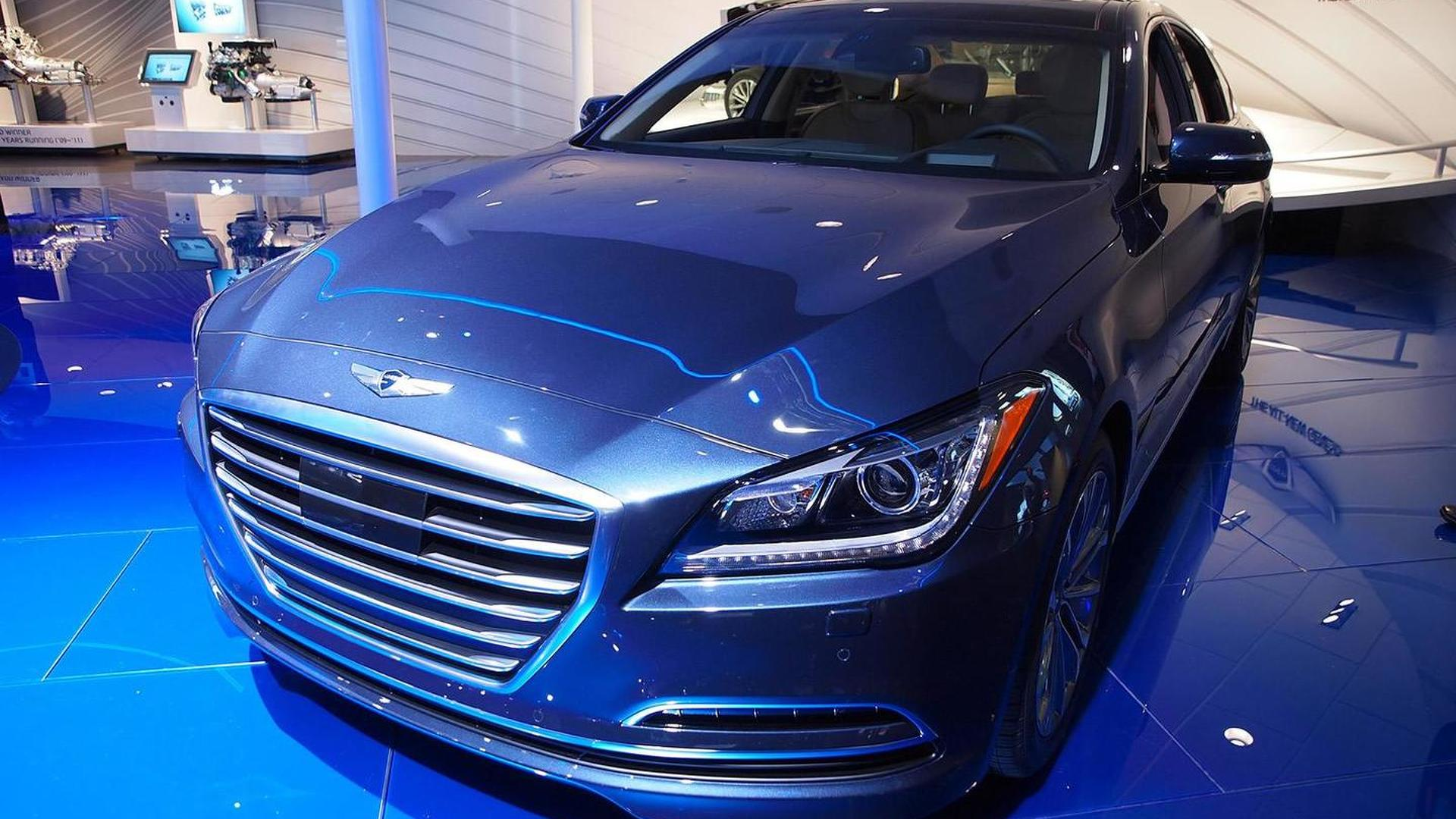 2015 Hyundai Genesis introduced in Detroit, expected to start below 40,000 USD