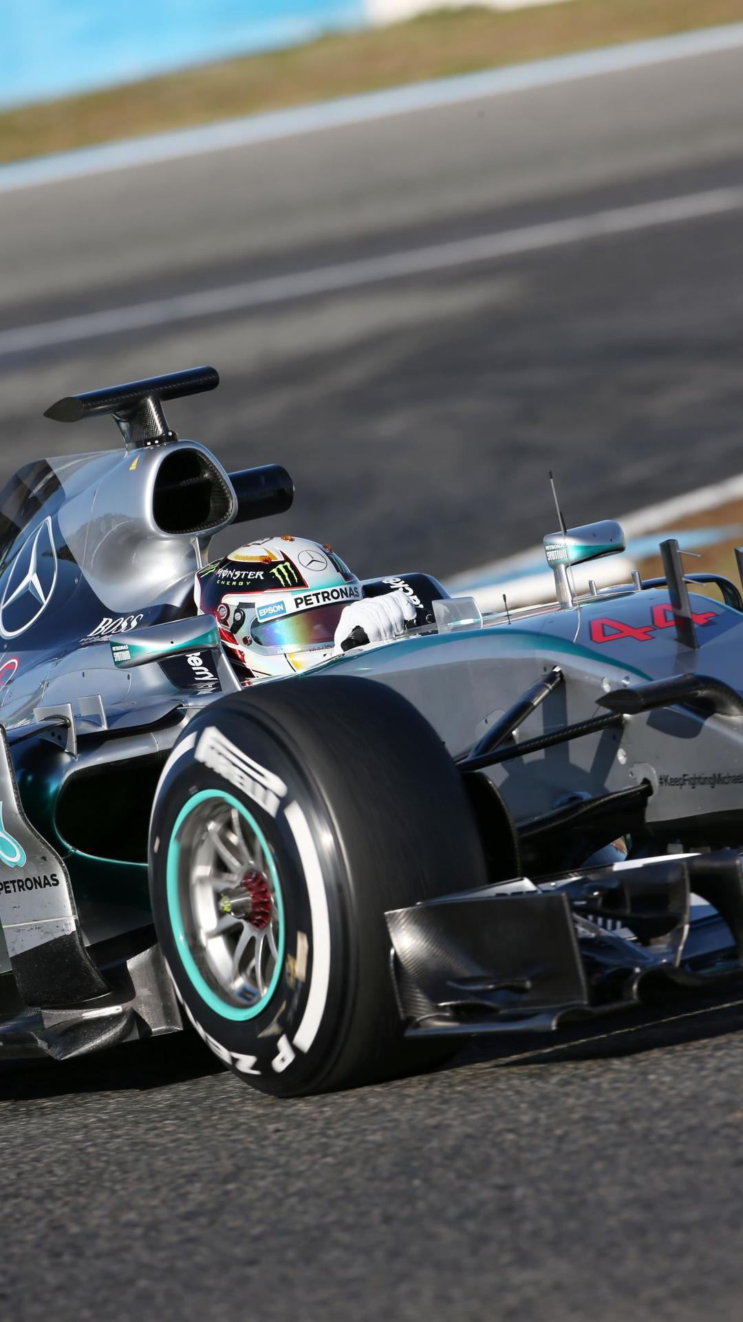 Mercedes to decide token strategy before Melbourne