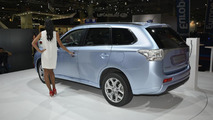 Mitsubishi stops plug-in hybrid/electric vehicle production due to battery issues