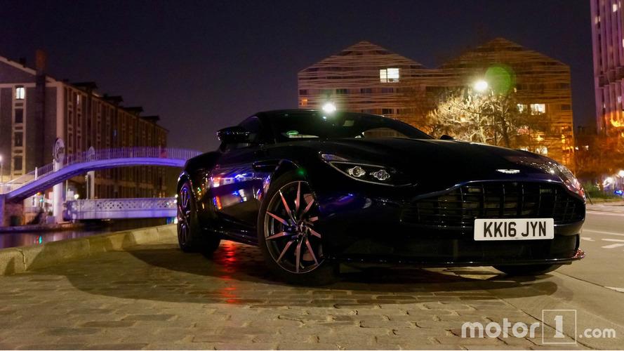 EXCLUSIF - Le nouveau style d'Aston Martin expliqué par son chef designer !